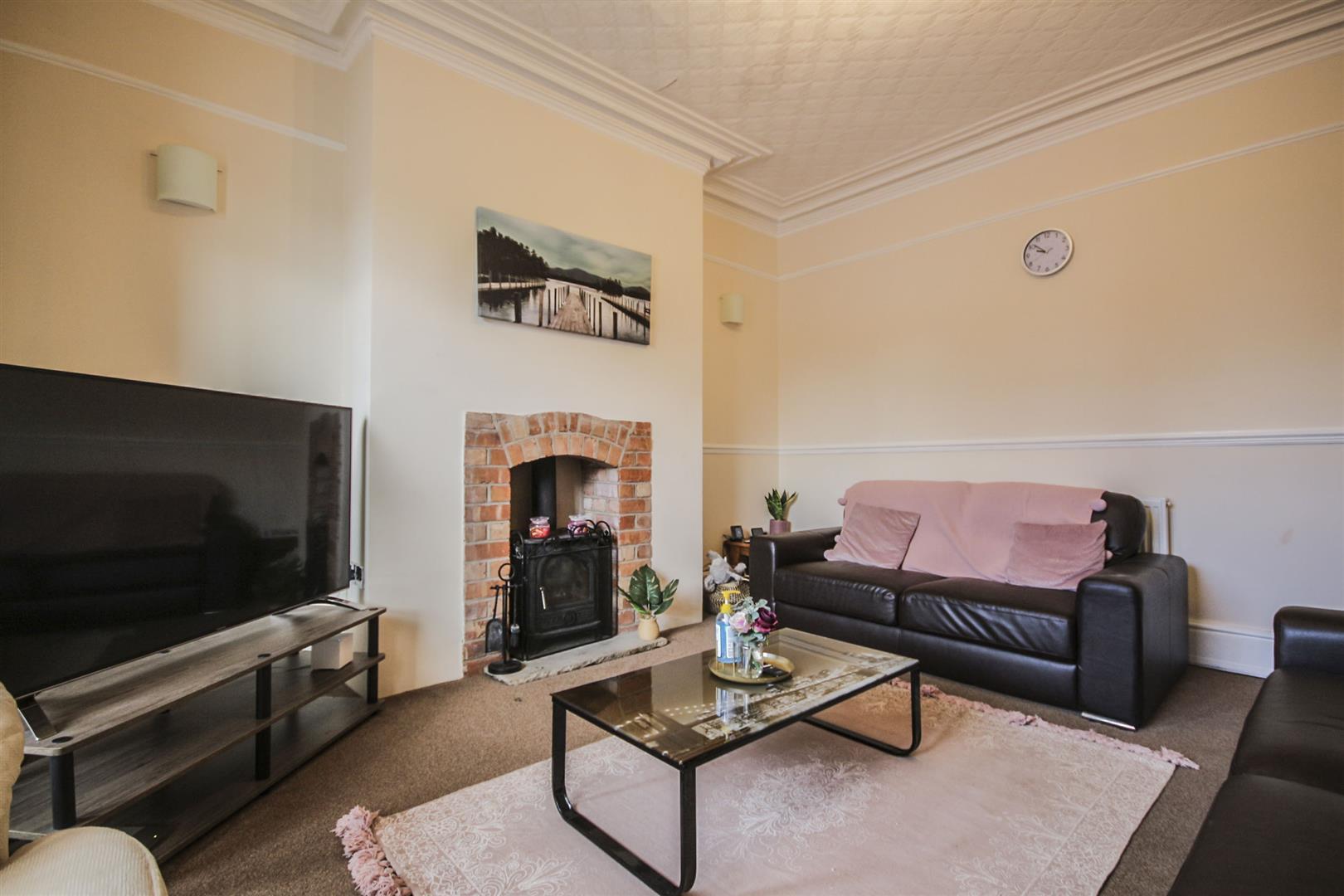 5 Bedroom Mid Terrace House For Sale - _._2.jpg